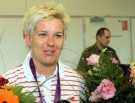 Anita Włodarczyk po powrocie do Polski (fot. PAP/Leszek Szymański)