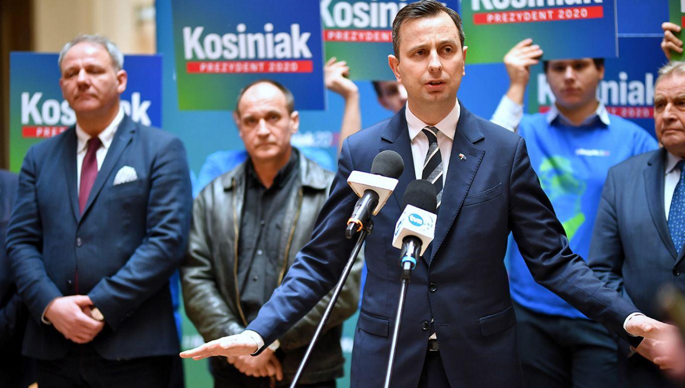 Z badania firmy IBRiS wynika, że kampania prezesa PSL Władysława Kosiniaka-Kamysza jest oceniana przez Polaków lepiej niż kandydatki PO Małgorzaty Kidawy-Błońskiej. (fot. PAP/Sebastian Borowski)