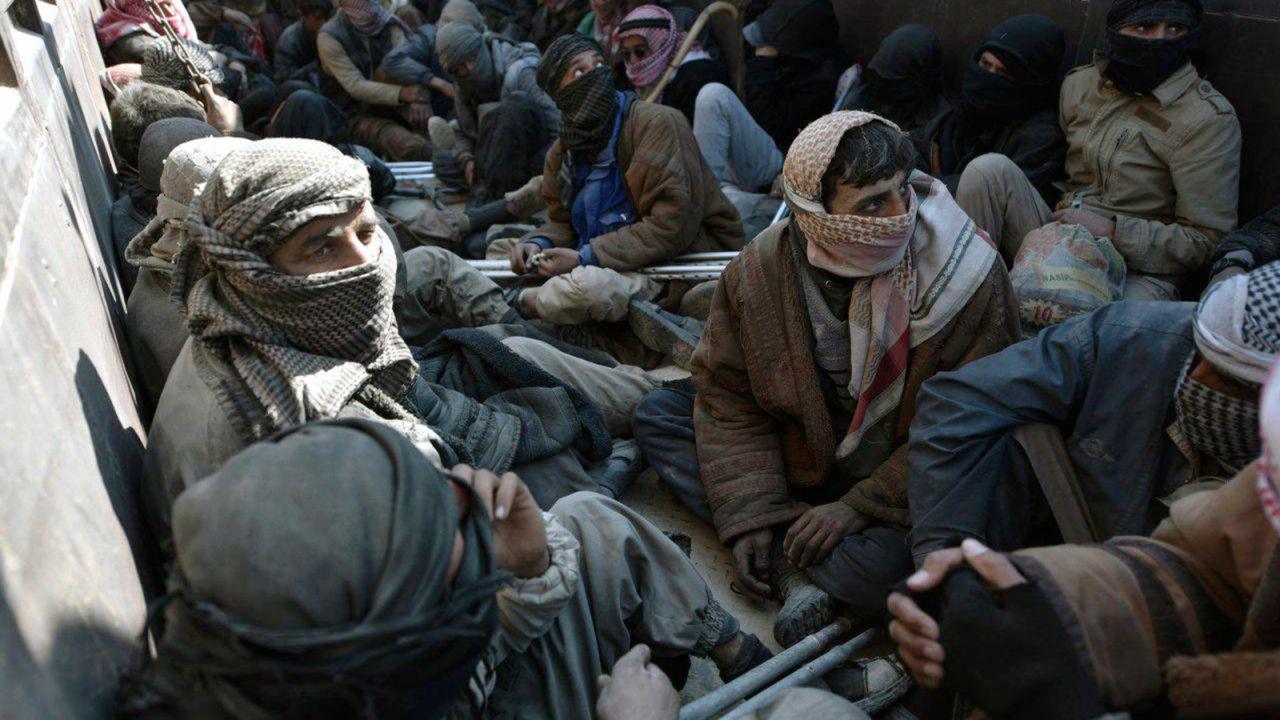 Wioska Baguz była ostatnią enklawą terrorystów (fot. PAP/EPA/MURTAJA LATEEF)